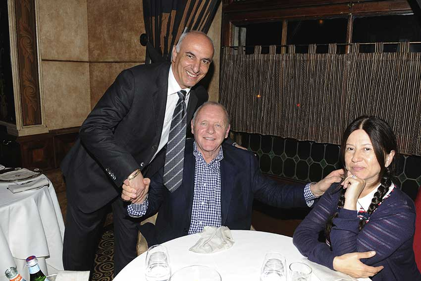 Antony Hopkins all'Harry's Bar di Roma.